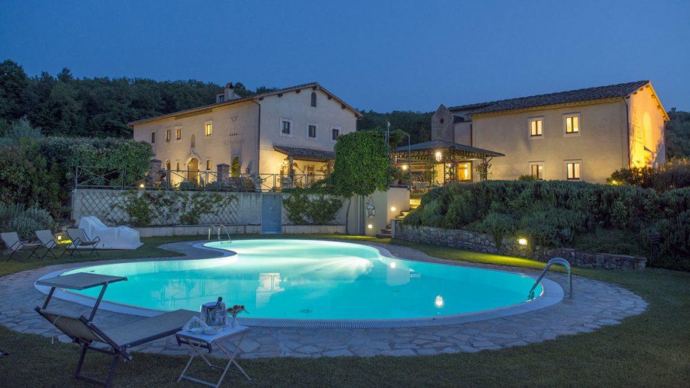 hotel con piscina bagno vignoni